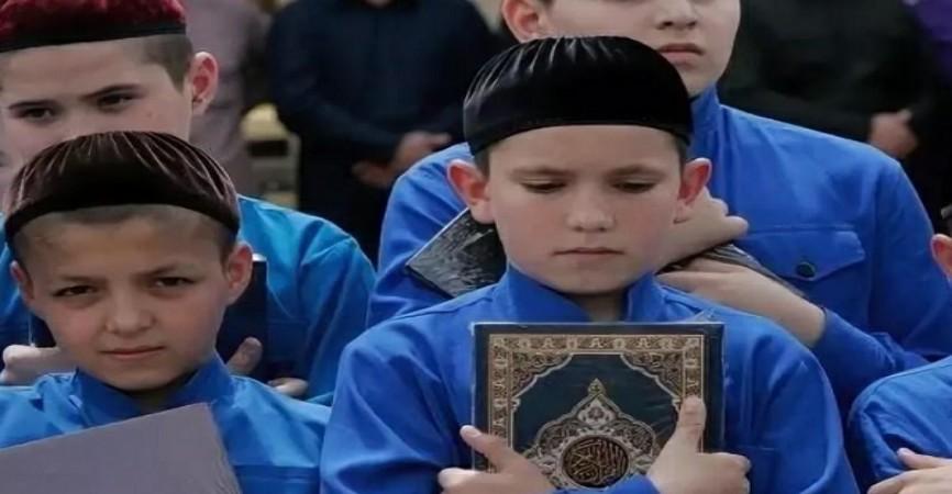 Çeçenistanda namazını məsciddə qılan uşaqlara hədiyyələr veriləcək